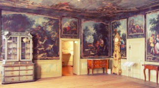 Jakkarila Manor drawing-room