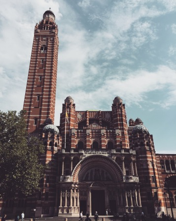 Westminster Cathedral - a completely different building that looks completely different 15-min walk away from the Westminster abbey!