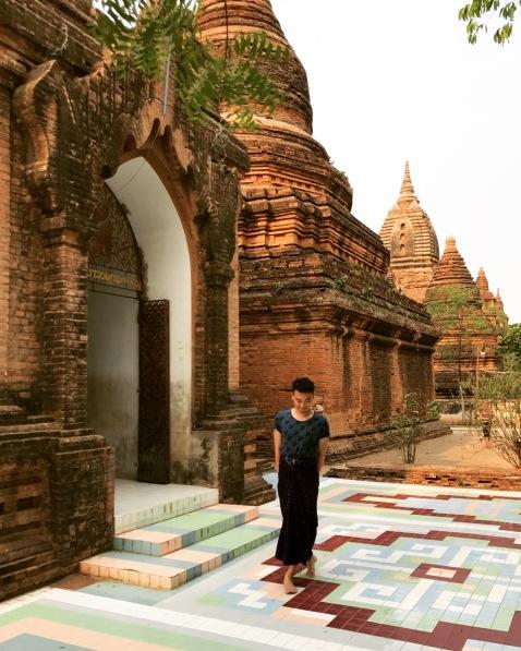 Bagan 2 Gubyaukgyi Temple 1