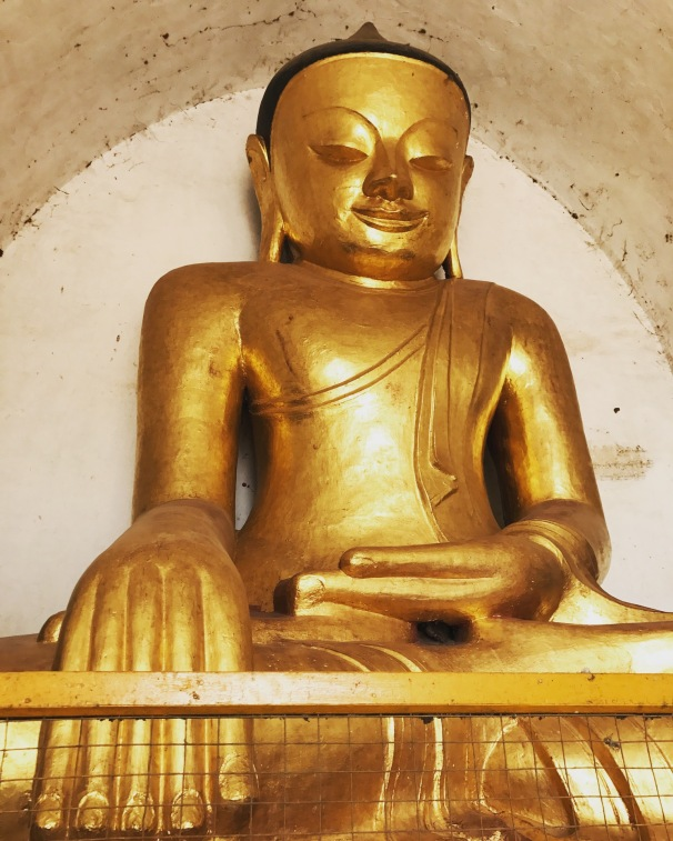 Bagan 4 Thatbyinnyu Temple 4