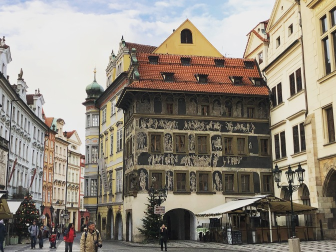 Prague Old Town Square - The House at the Minute